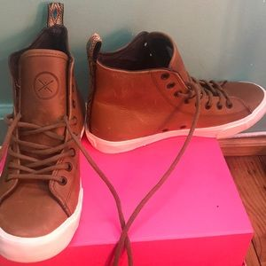 Make An Offer=Inkass High Top Leather Sneakers